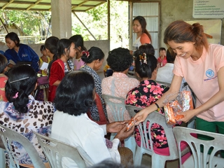 food outreach – cambodia