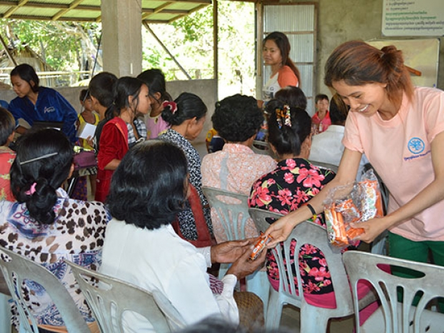 food outreach – cambodia