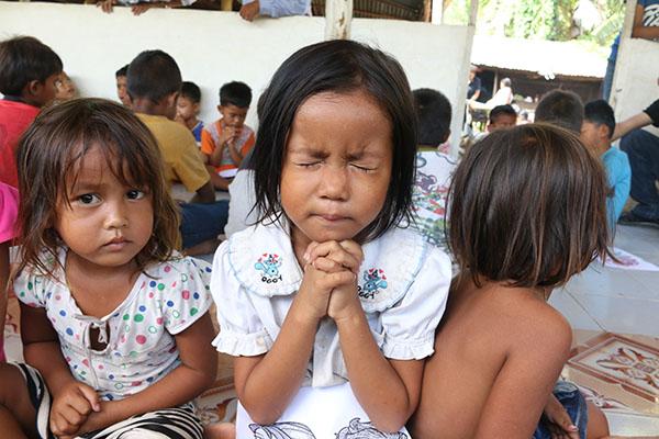 worship - cambodia