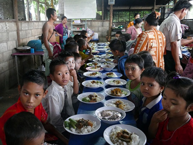 food outreach - thailand