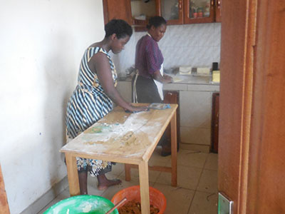 Ssubi's mother joined the Women's Baking Program in Uganda and began her own baking business.